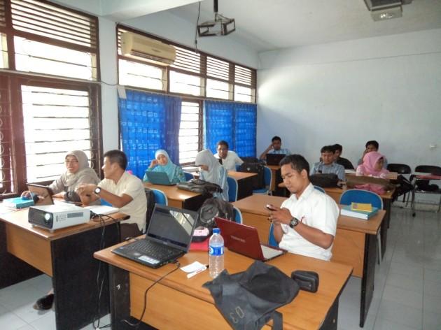 Peserta Pelatihan Blog Fisika Kelas A
